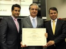 09/05/2015 - Título de Cidadão Honorário ao desembargador Doorgal Gustavo Borges de Andrada