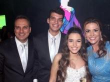14/03/2016 - 15 anos Estela Drumond Vieira