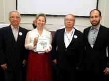 14/11/2015 - Lançamento livro de Maria Helena Godoy