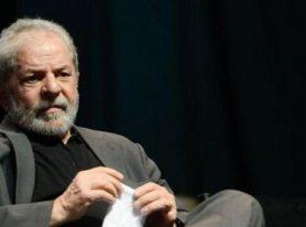 Lula é denunciado na Lava Jato