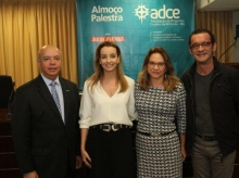 15/09/2018 - Palestra Adriana Machado - ADCE